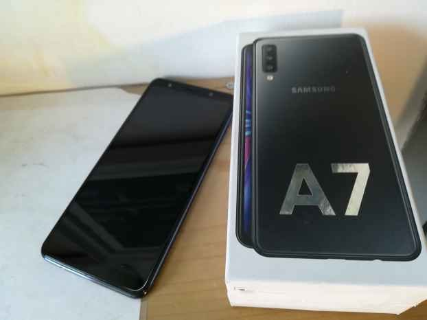 Samsung Galaxy A7 (2018) black